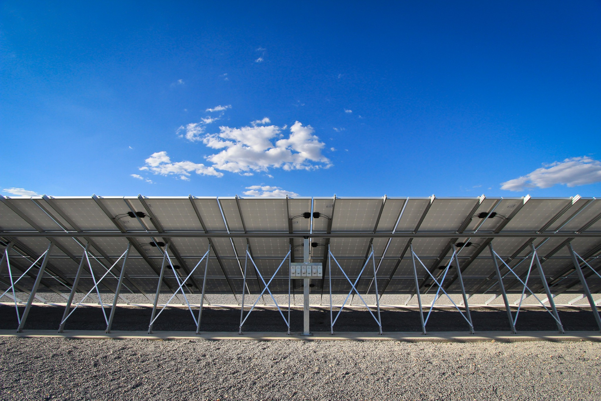 free-standing-solar-power-systems-3-glynncorp-electrical