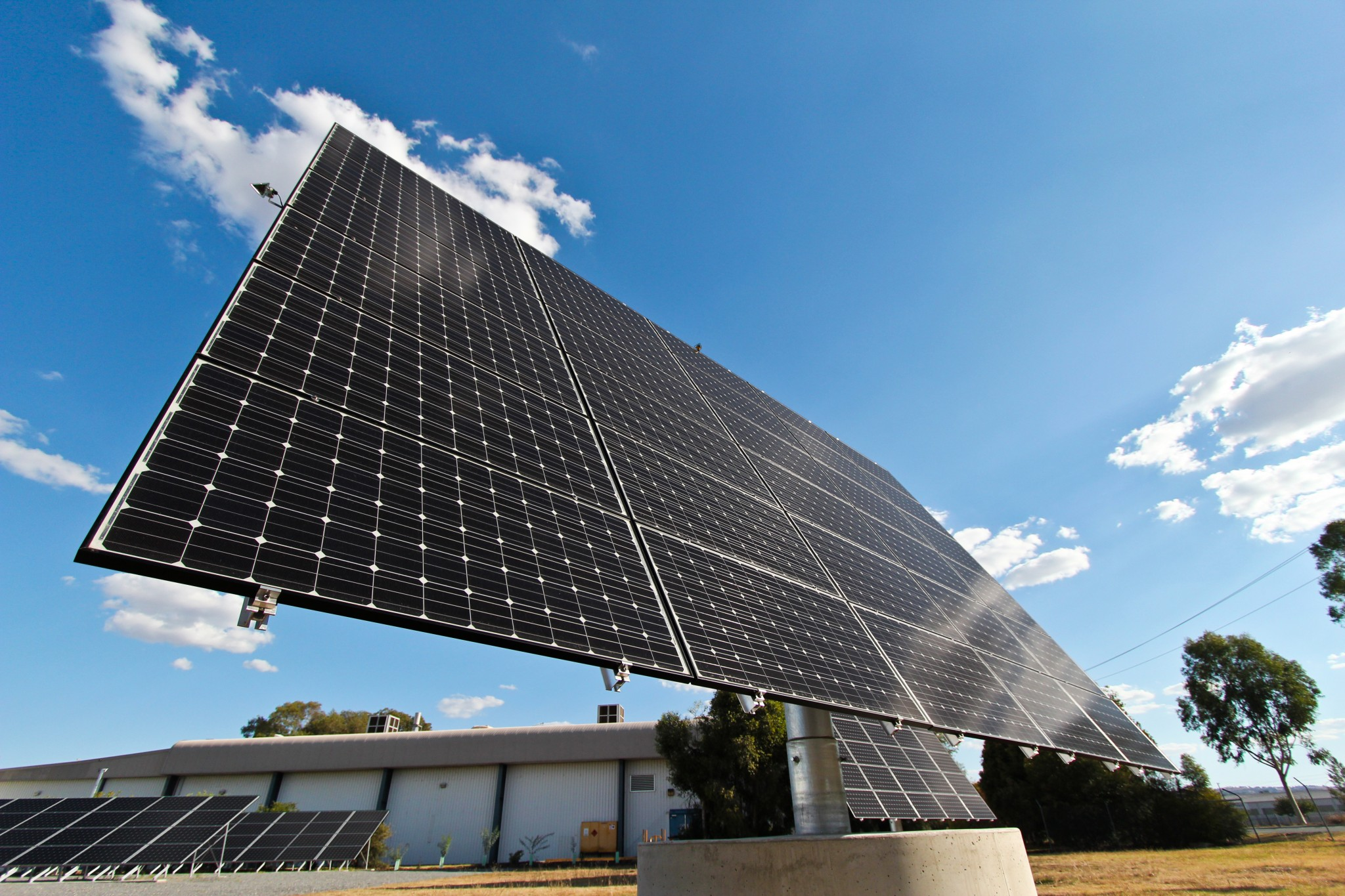 solar-tracking-system-1-glynncorp-electrical